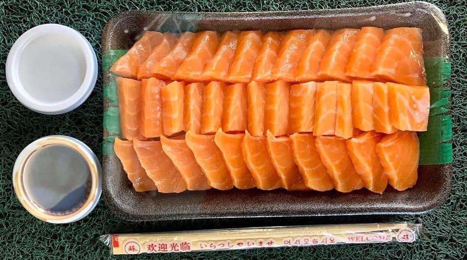 A tray of salmon sashimi