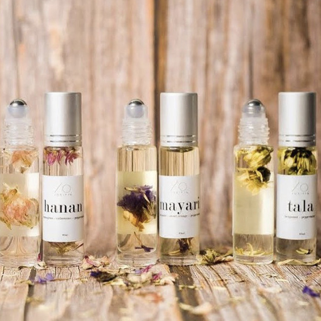 Pretty roller oils with dried flowers